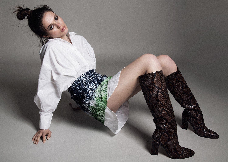 Hair, Nail, Make-up und Fashion styling portfolio / ilknur-gelme- - bilder-von-ellin-glitzerkleid---rose-im-mund-ID570-1.jpeg?v=1585836871