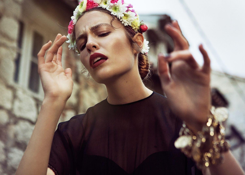 Hair, Nail, Make-up und Fashion styling portfolio / melanie-volkart - blumenfrau-ohne-katze-ID547-1.jpeg?v=1585738087