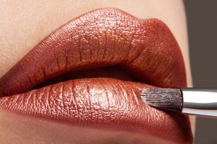 Hair, Nail, Make-up und Fashion styling portfolio / fabienne-pauli - h-m-copper-lip-closeup---model-carmen-fotograf-sandro-b--bler-ID5-0.jpg?v=1587038425