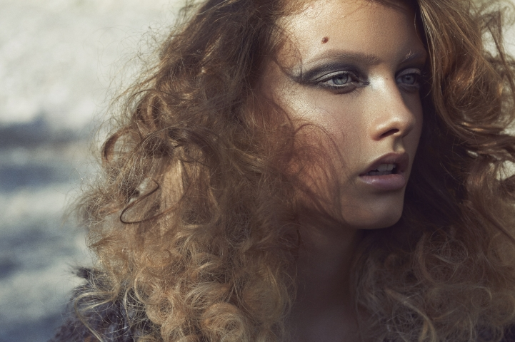 Hair, Nail, Make-up und Fashion styling portfolio / letizia-abbatiello - locken---starkes-makeup--ID149-1.jpg?v=1585906362