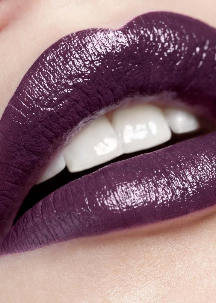 Hair, Nail, Make-up und Fashion styling portfolio / fabienne-pauli - purple-lips---model-sira---fotograf-sandro-b--bler-ID14-0.jpg?v=1585682633