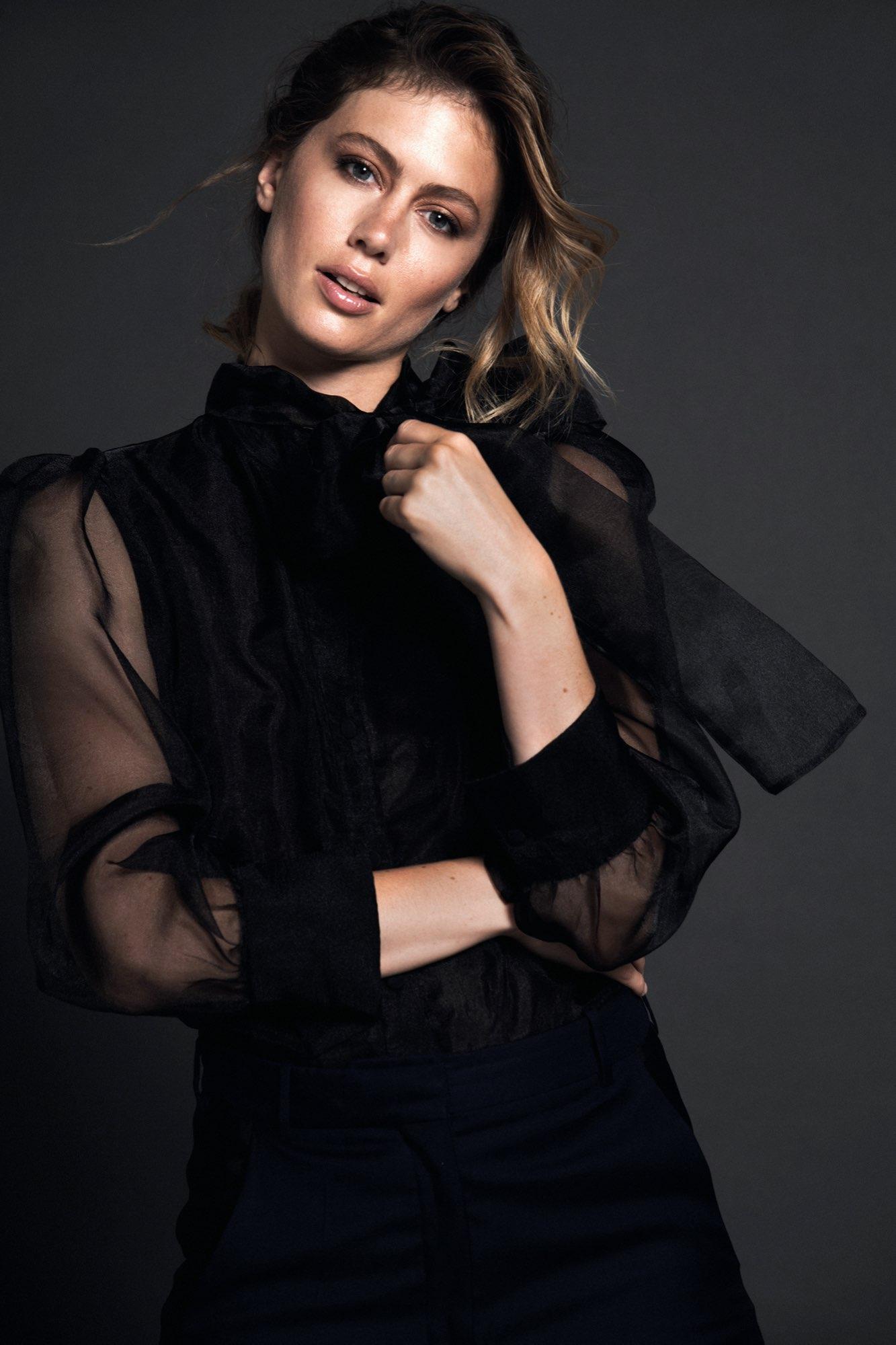 Hair, Nail, Make-up und Fashion styling portfolio / laura-moser - testshooting-ellin-portfolio--ID678-1.jpeg?v=1597754140